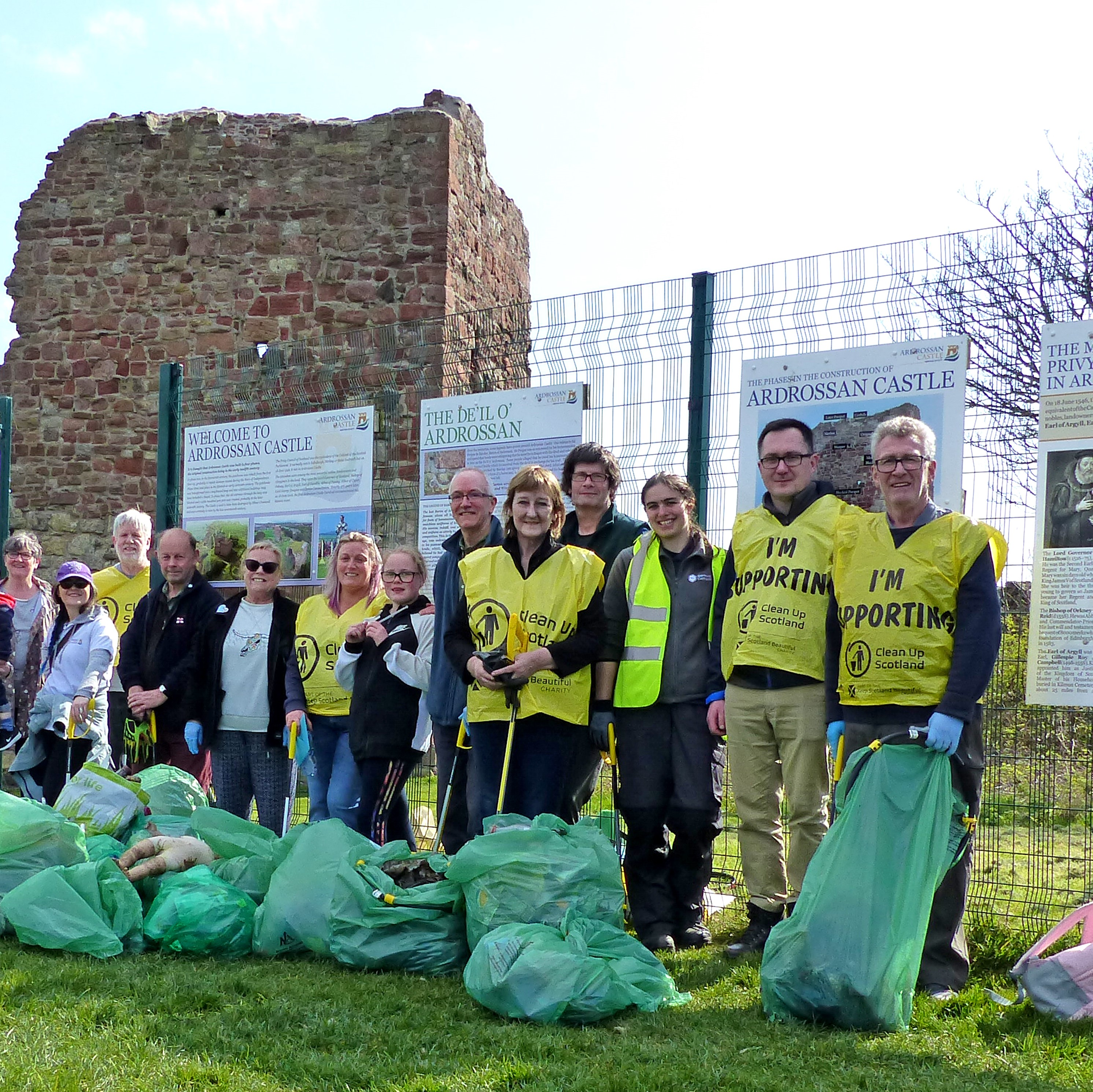 Ardrossan Castle Litter Pick